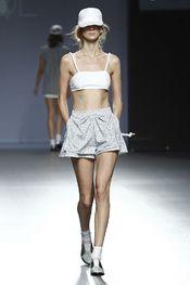 Paula Andrés, diseñadora de la marca Pol. Mercedes Benz – Fashion Week Madrid. Primavera-Verano 2015.