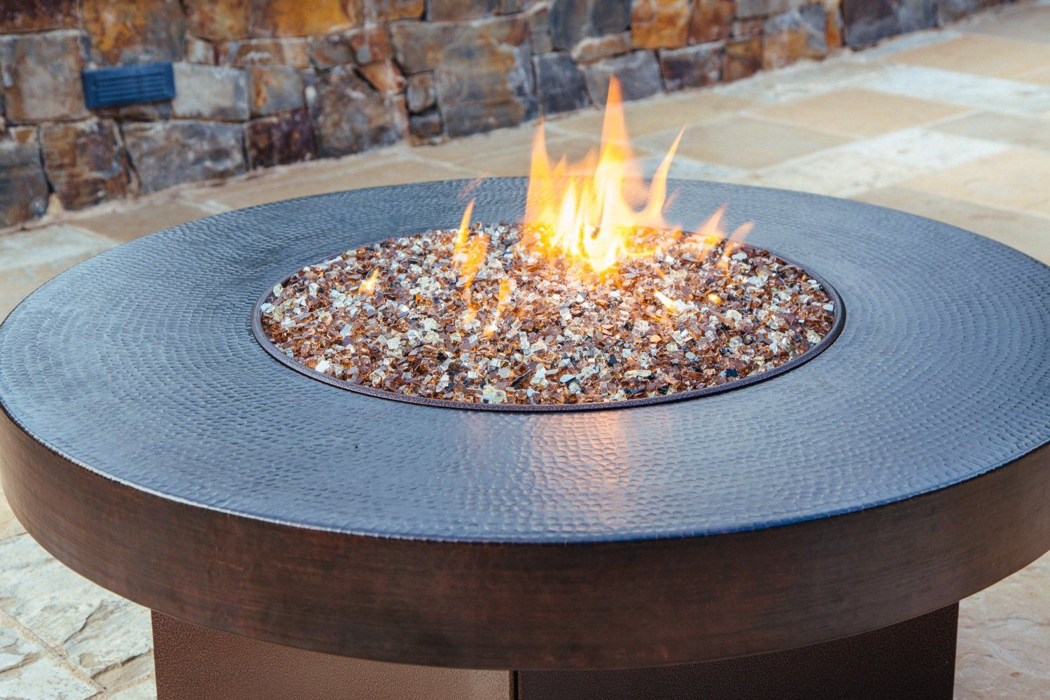 Hammered Copper 42 Round Oriflamme Fire Table Gas Fire Pit Table Made Of Real 18 Gauge Hammered Copper Sealed T Gas Firepit Fire Pit Table Gas Fire Pit Table