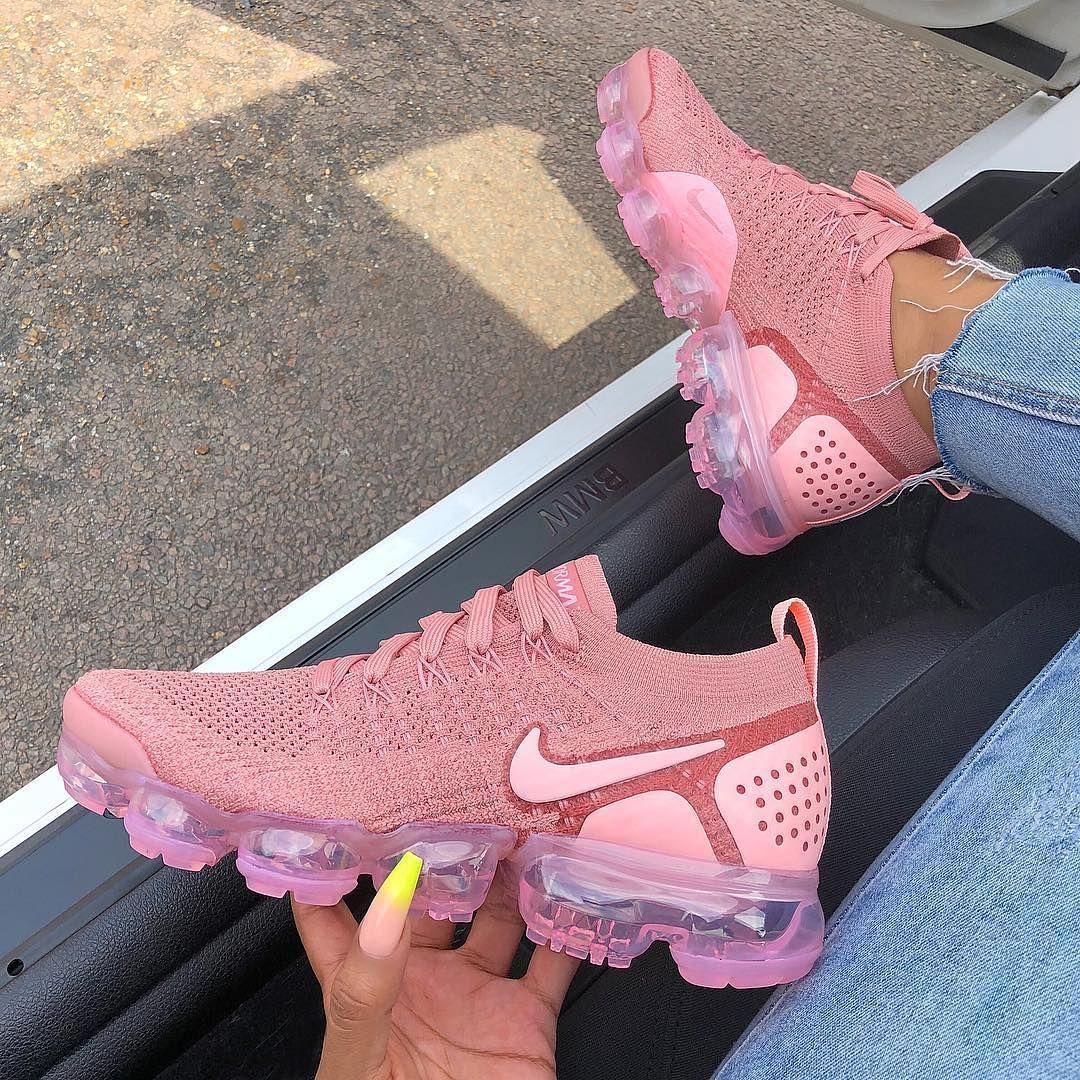 Nike Vapormax Flyknit 2 0 Pink Tint Storm Pink Pink Nike Shoes Nike Vapormax Flyknit Workout Shoes