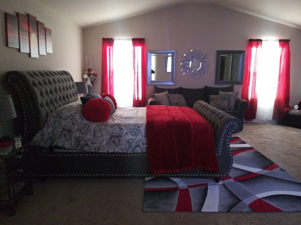 Side View This Bedroom Is Huge Living Room Decor Apartment Red Bedroom Decor Bedroom Decor