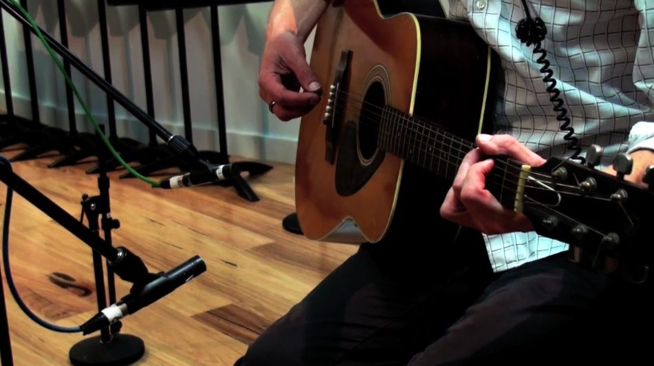 Recording Acoustic Guitar - Everything You Need To Know