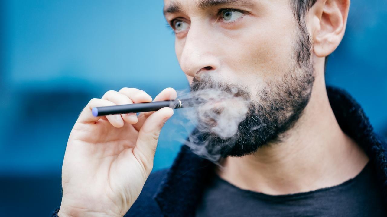 Mit dem Rauchen aufhören: So helfen Sie Ihrem Partner - Sprühen NicoZero in Deutschland