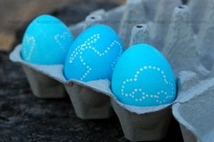 diy wax decorated easter eggs tutorial
