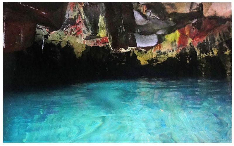inside of waianapanapa cave maui amazing places ive