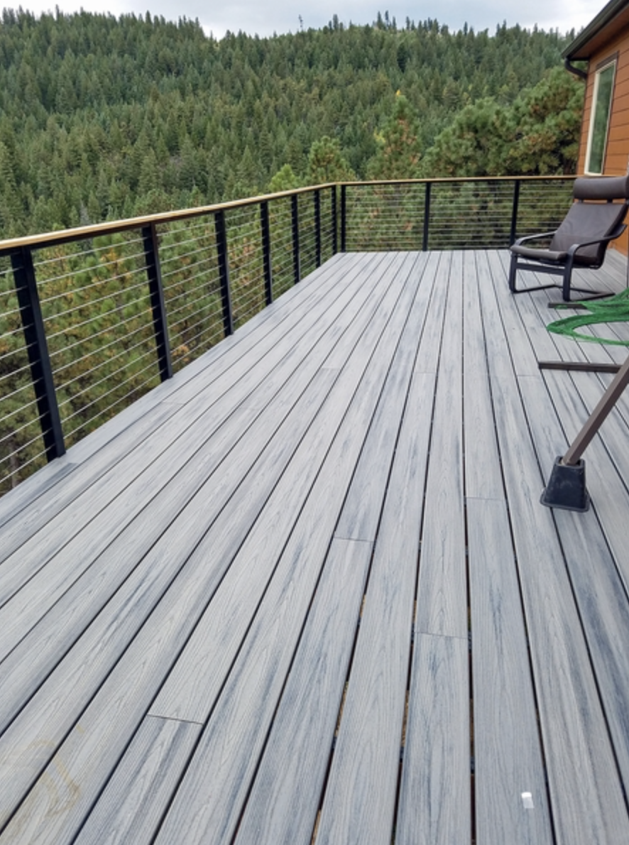 This customer from Boulder, CO used the black aluminum cable railing ...
