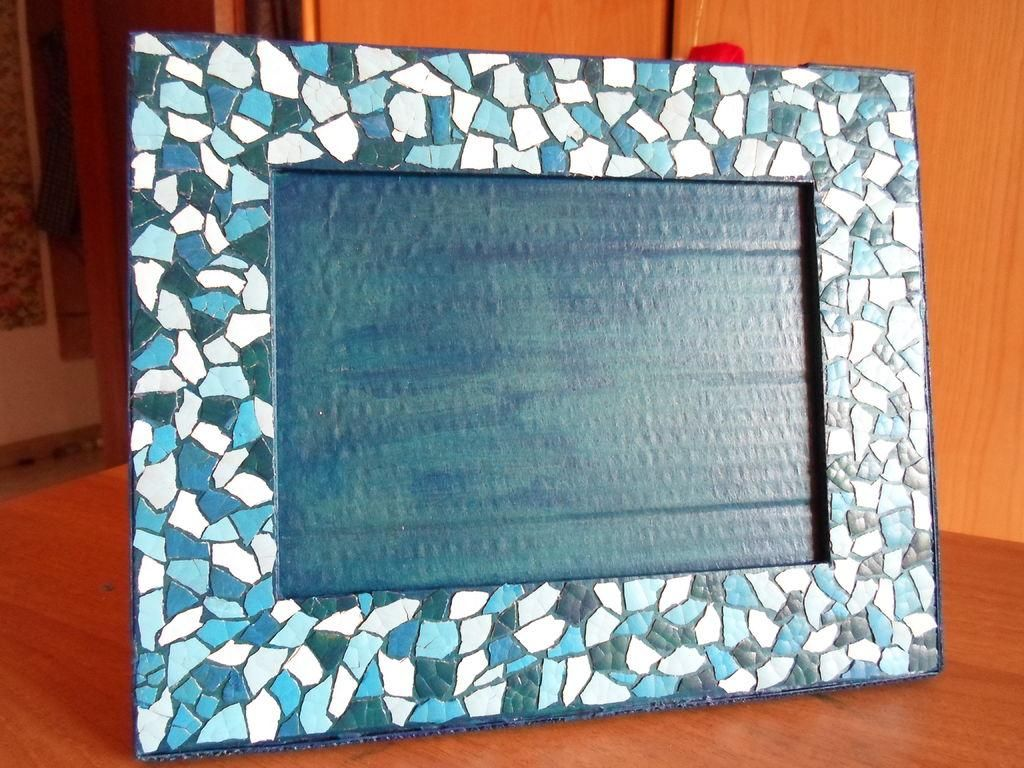 DIY Eggshell Mosaic Frame DIY Picture Frame DIY Home DIY Decor ...