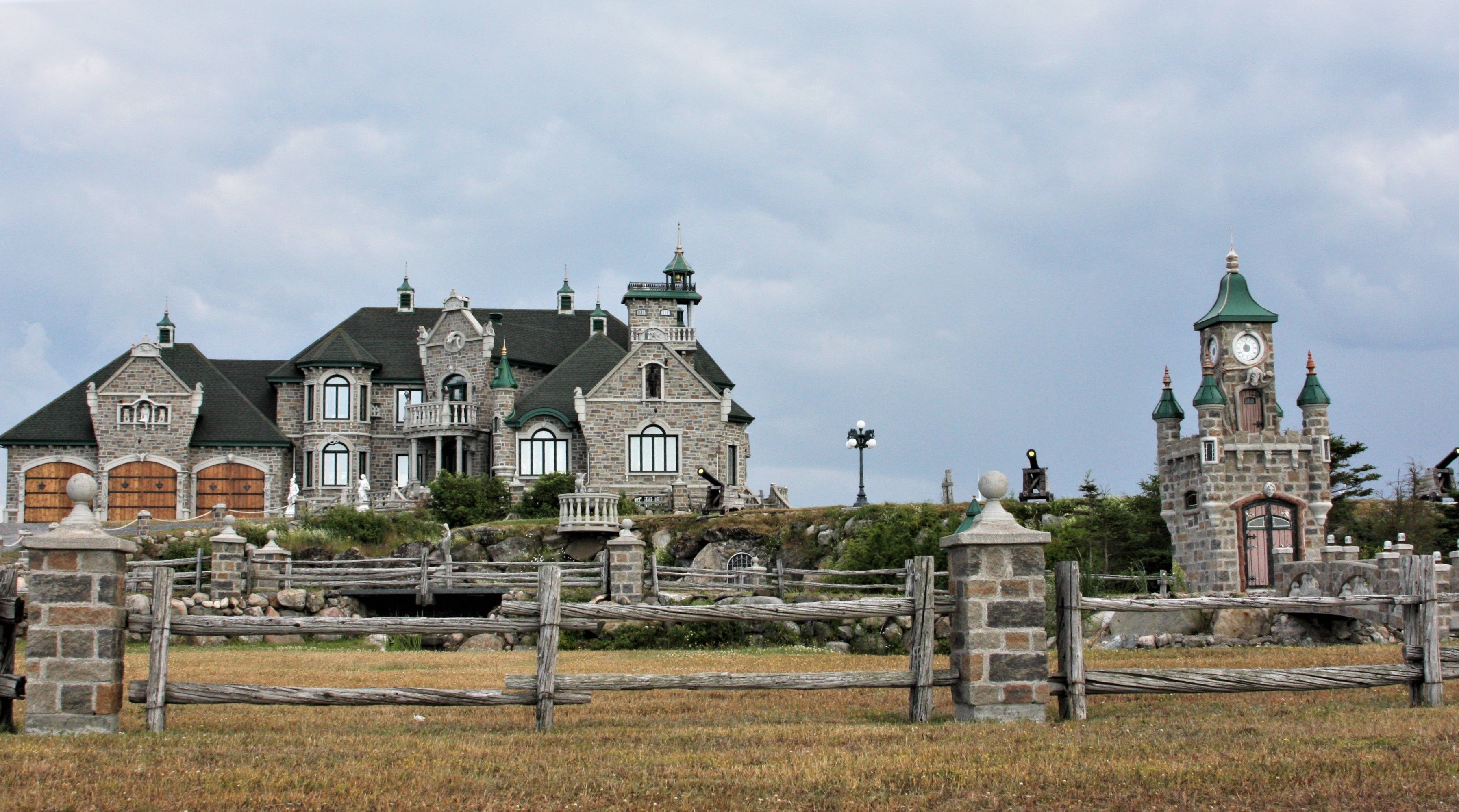This Is Someone S House On Gaspe Peninsula Quebec Canada 07