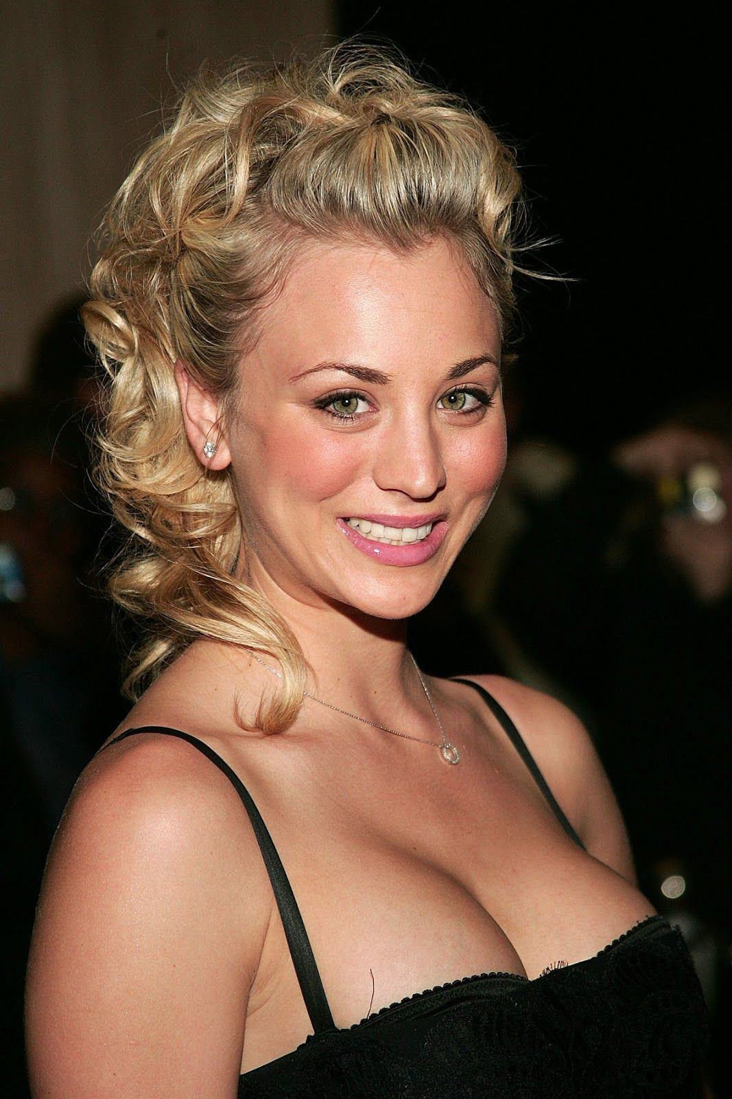 Kaley Cuoco Hall Pass Kaley Cuoco Kaley Cuoco Kaley Couco Bangs