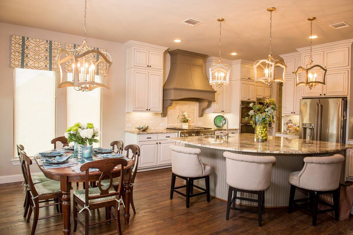 Here Is A Beautiful Kitchen Design Featuring Our Aged Silver Leaf