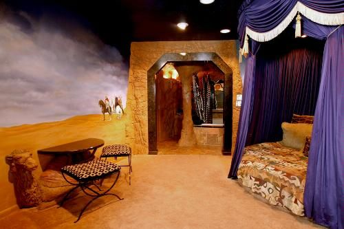 The Arabian Nights Room At The Black Swan Inn Pocatello Idaho