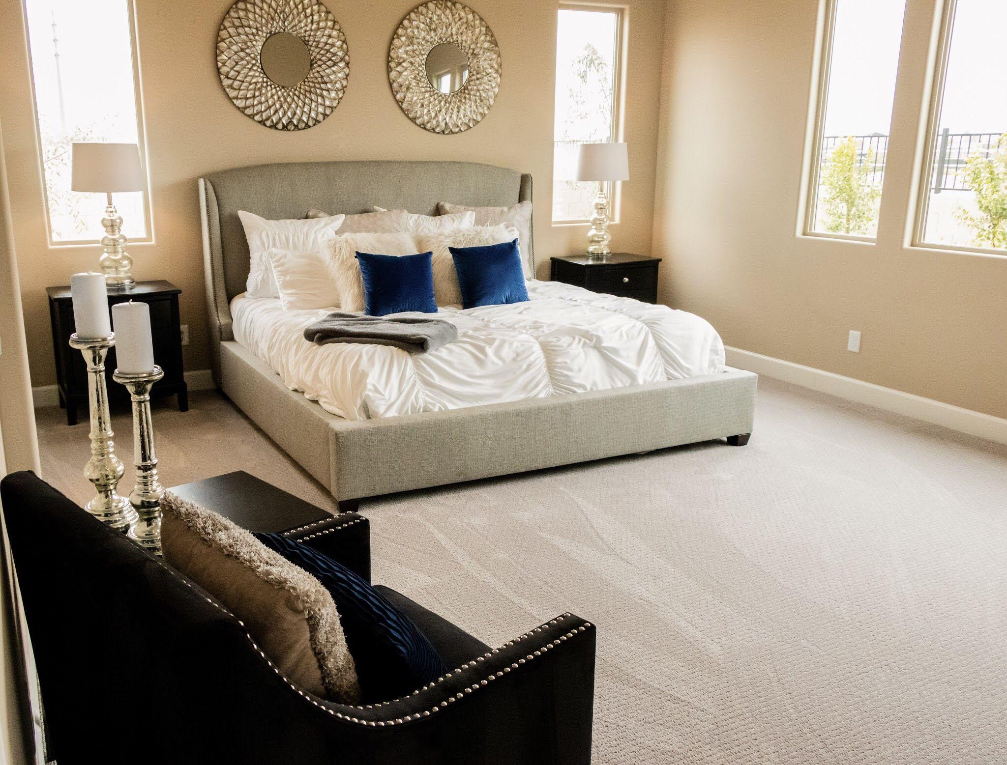 SAVVY STAGING AZ . Master bedroom