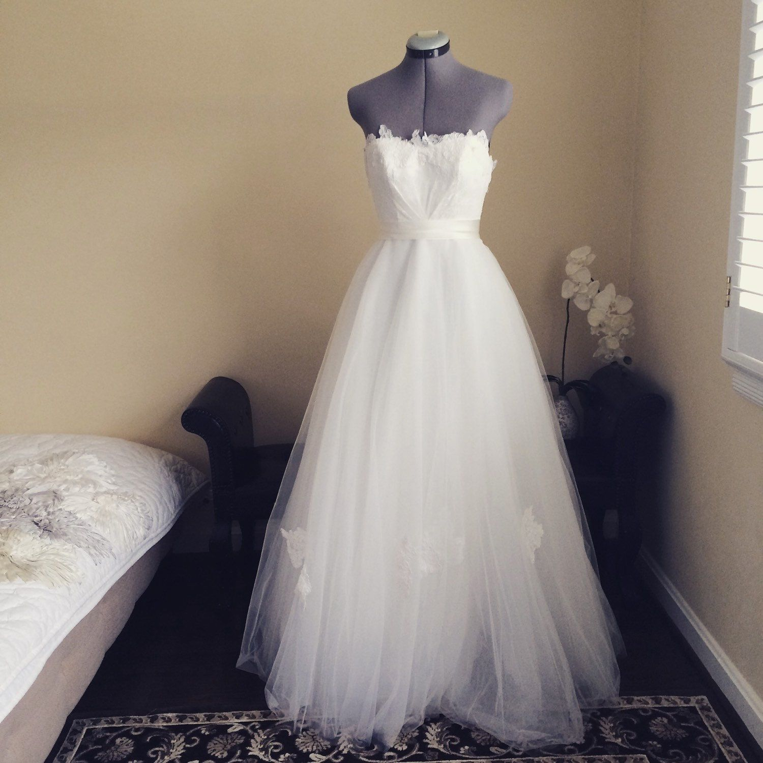 Taylor-One of a kind wedding dress strapless by TingBridal on Etsy ...