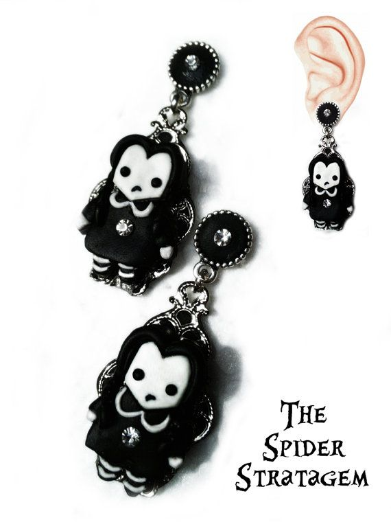 Gothic earrings Wednesday Addams goth by SpiderStratagem on Etsy, €18.00