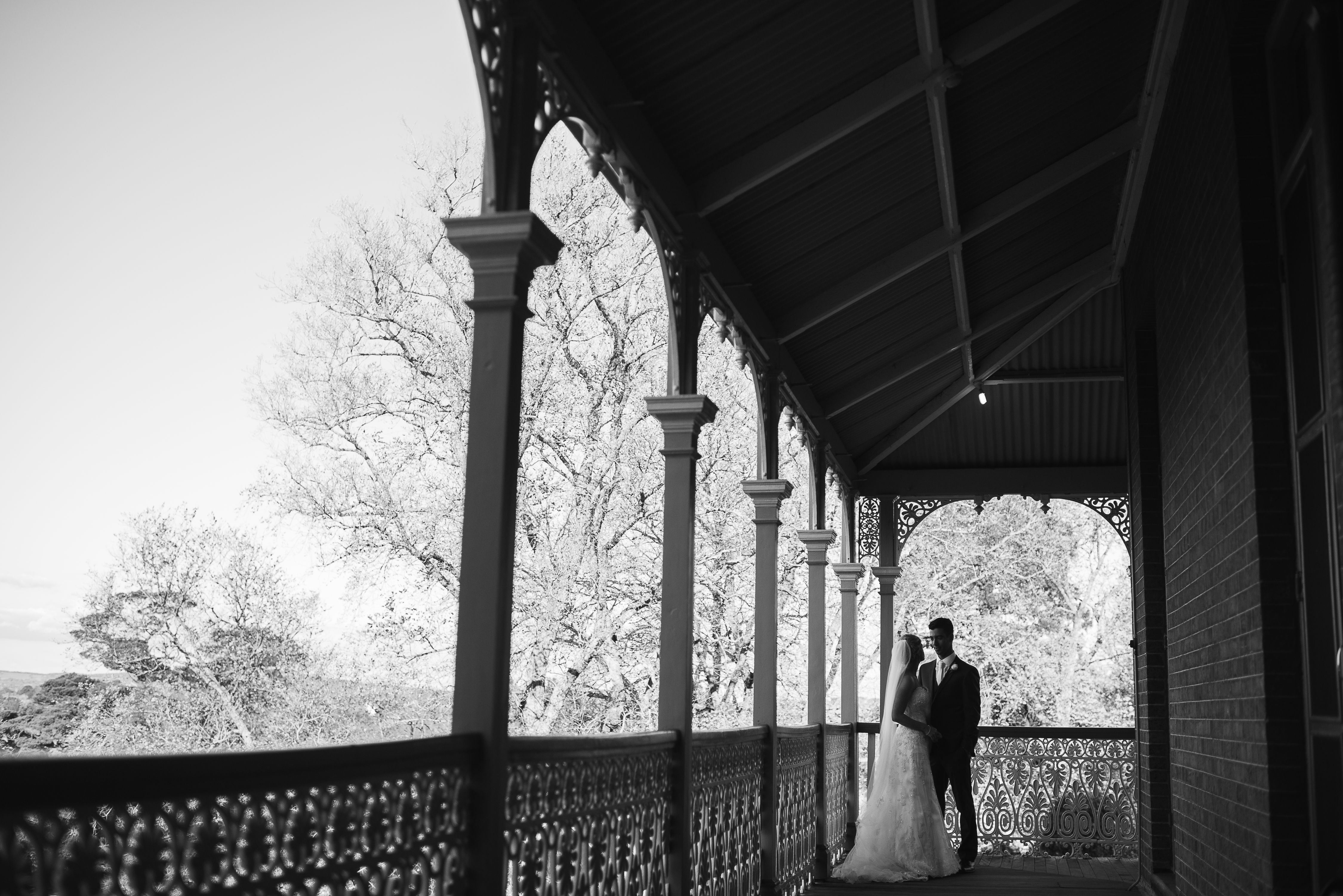 The gorgeous wedding of Tracey and Greg 27 September 2014 at Duntryleague Orange NSW