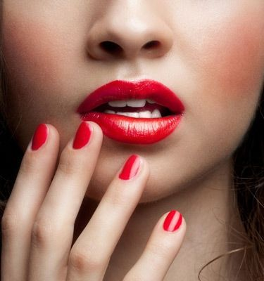 8 surprising things that turn men on  beauty hacks lips
