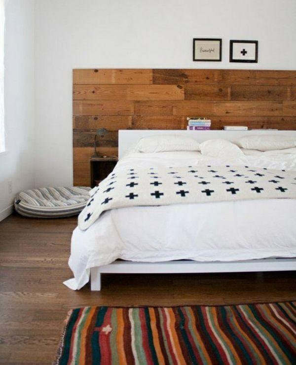 schlafzimmer ideen bett kopfteil holz espacios pequeños bien - schlafzimmer holz massiv