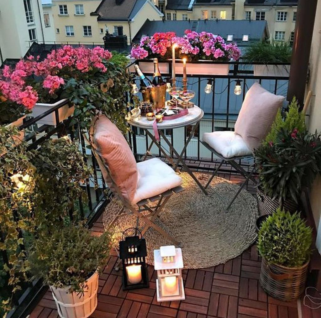 47 Awesome Small Balcony Garden Ideas #apartmentbalconydecorating