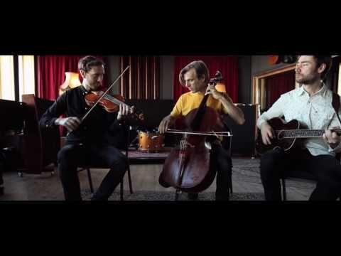 Erlend Viken Trio - Nykomlingen - YouTube