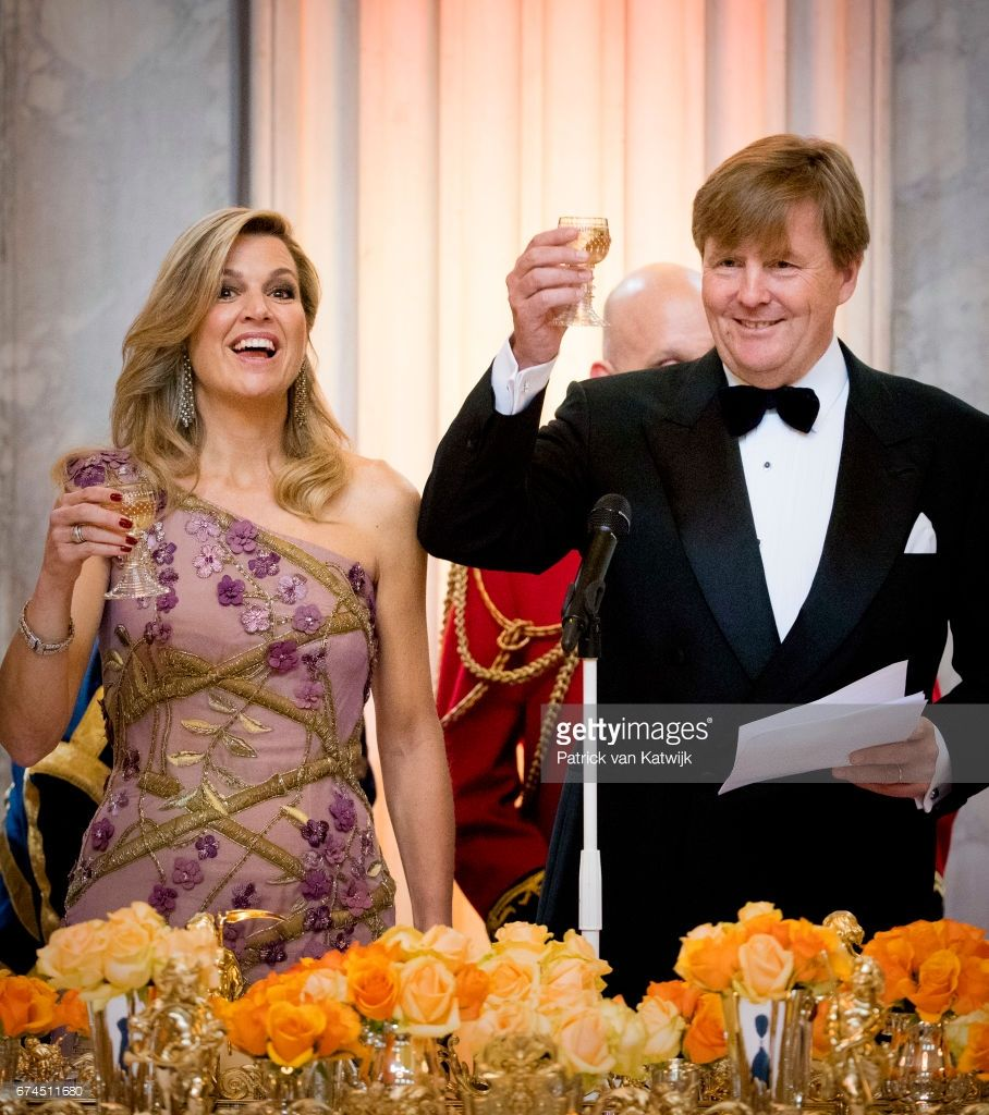 King Willem-Alexander And Queen Maxima Raise A Toast At A