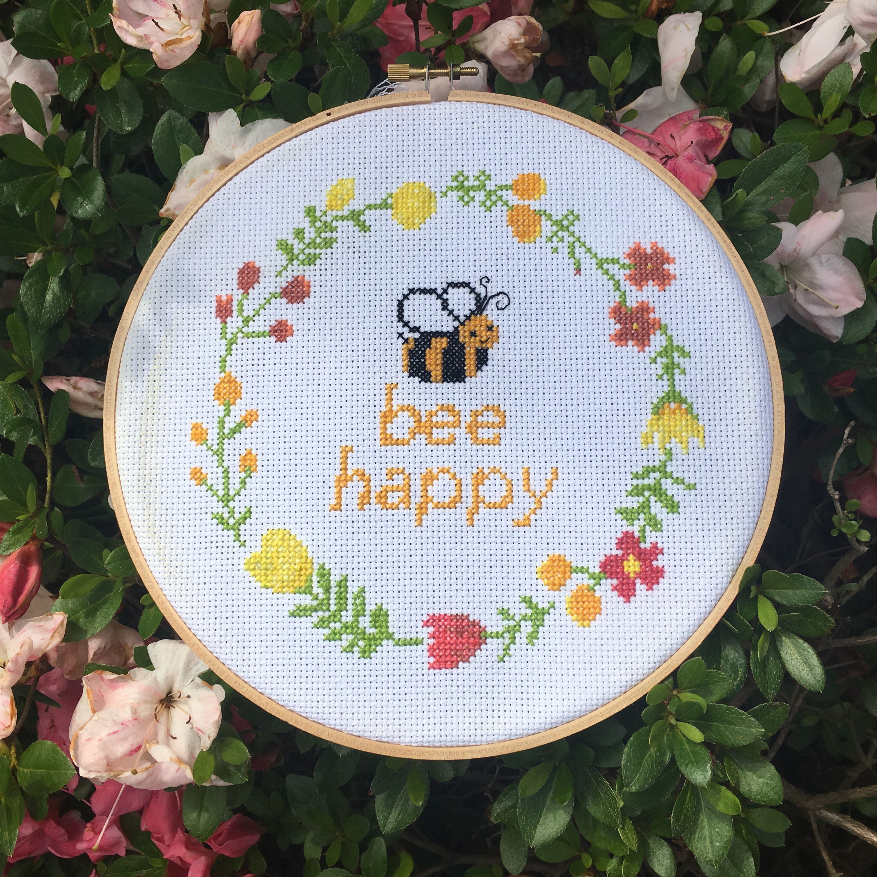 Modern bee happy quote cross stitch pattern leia patterns cross