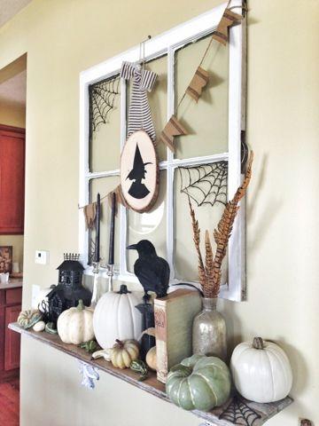 Glue Gun Spider Webs #Halloween decor Trick or Treat Pinterest