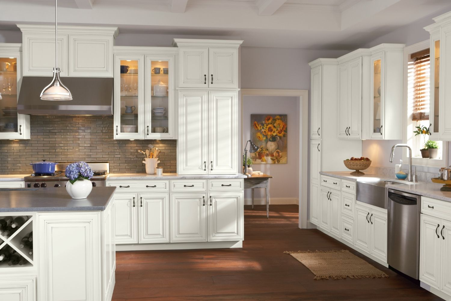 Light Dark Wood Traditional Cabinets Savannah Collection Kitchen Cabinet Styles Traditional Cabinets Kitchen Cabinets