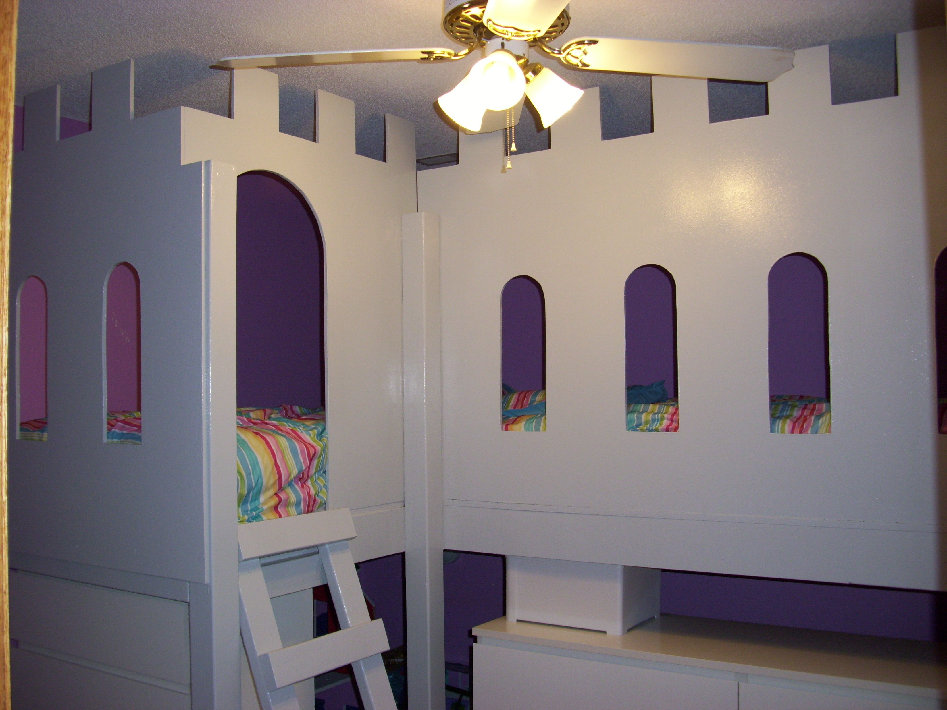 The castle bed my first build it 39 s a low loft bunk bed for How to build a castle bed