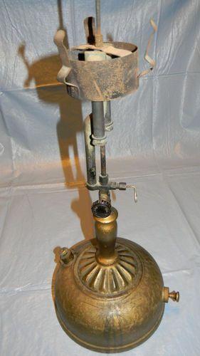 Vintage Antique Coleman Gas Table Lamp