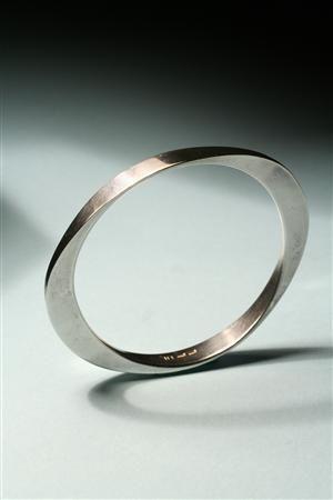 Bengt Liljedahl bracelet. clean, simple - nice