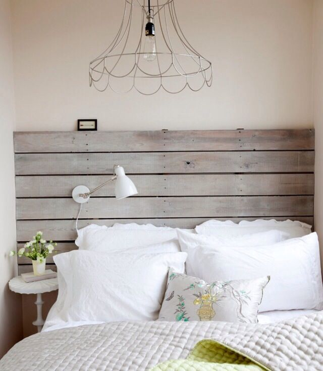 Wall Decor Over Bed Without Headboard