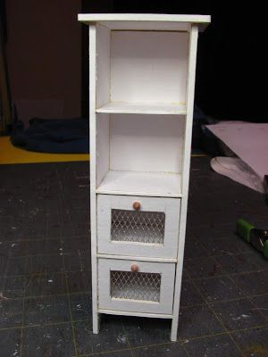 How to make a 1 inch scale dollhouse onion/potato bin from mat board. #miniaturefurniture
