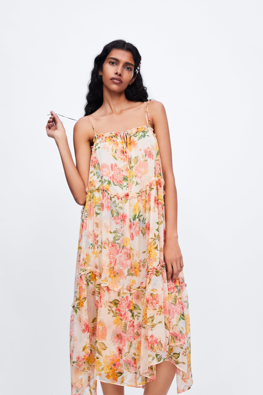 Women S Dresses New Collection Online Zara Oman Womens Dresses Dresses Strappy Dresses [ 2880 x 1920 Pixel ]
