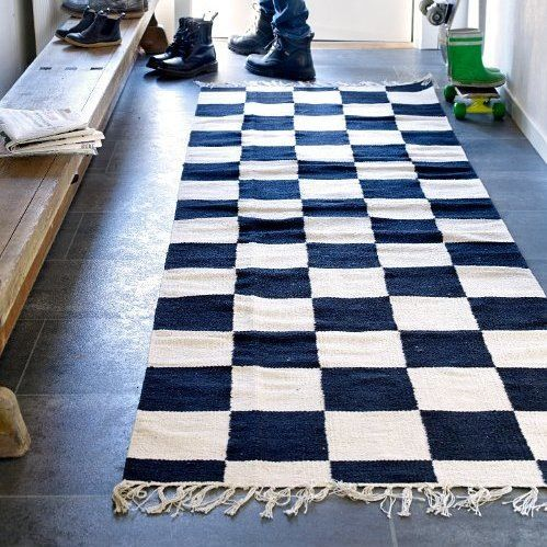 100 scandinave tapis tiss 100 coton fa on damier. Black Bedroom Furniture Sets. Home Design Ideas