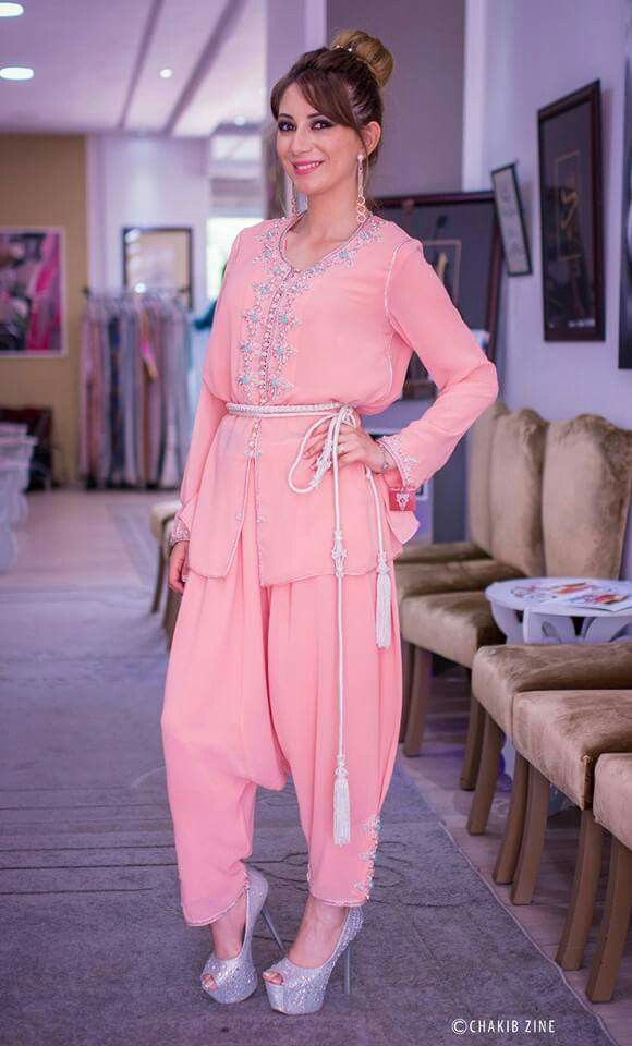 Pin de Sanae Benchaaboun en Kaftan | Pinterest | Moda árabe, Trajes ...