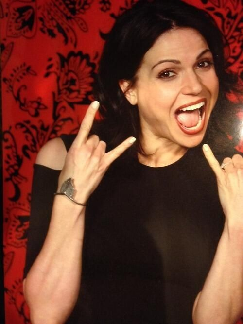 Lana Parrilla at Spooky Empire May 31st 2014.