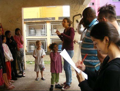 A formação proporcionará o contato com diversas metodologias e ferramentas colaborativas como teatro social, inspirado no teatro do oprimido, pedagogia dos sonhos, pesquisa-ação participativa, dragon dreaming, entre outras.