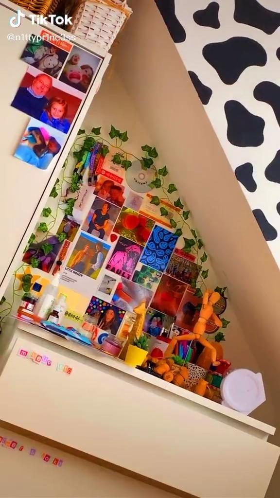 Photo of indie bedroom