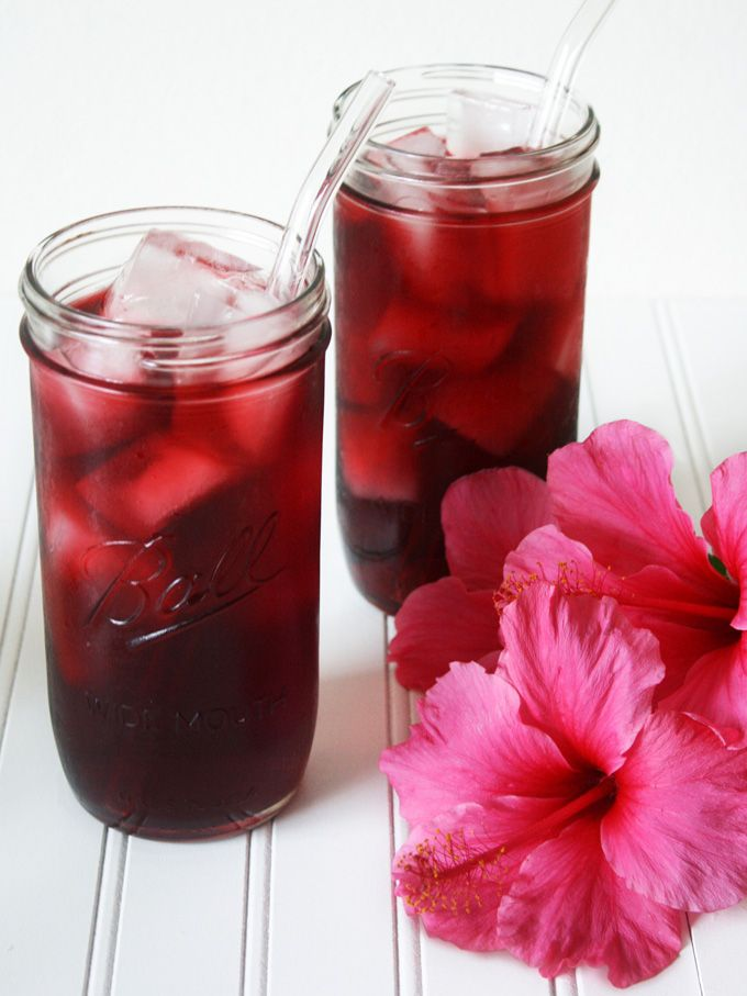 I Never Had Agua De Jamaica Hibiscus Tea Until I Came To Los Angeles My Thai Friend Took Me To Her Favorite Thai Sp Hibiscus Tea Hibiscus Drink Floral Drink