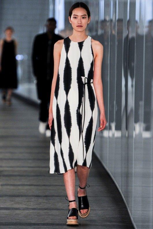 http://www.vogue.nl/fashion/shows/gallery/whistles-lente-zomer-2015/foto-wlz2015-63 Whistles Lente/Zomer 2015 (8)  - Shows - Fashion