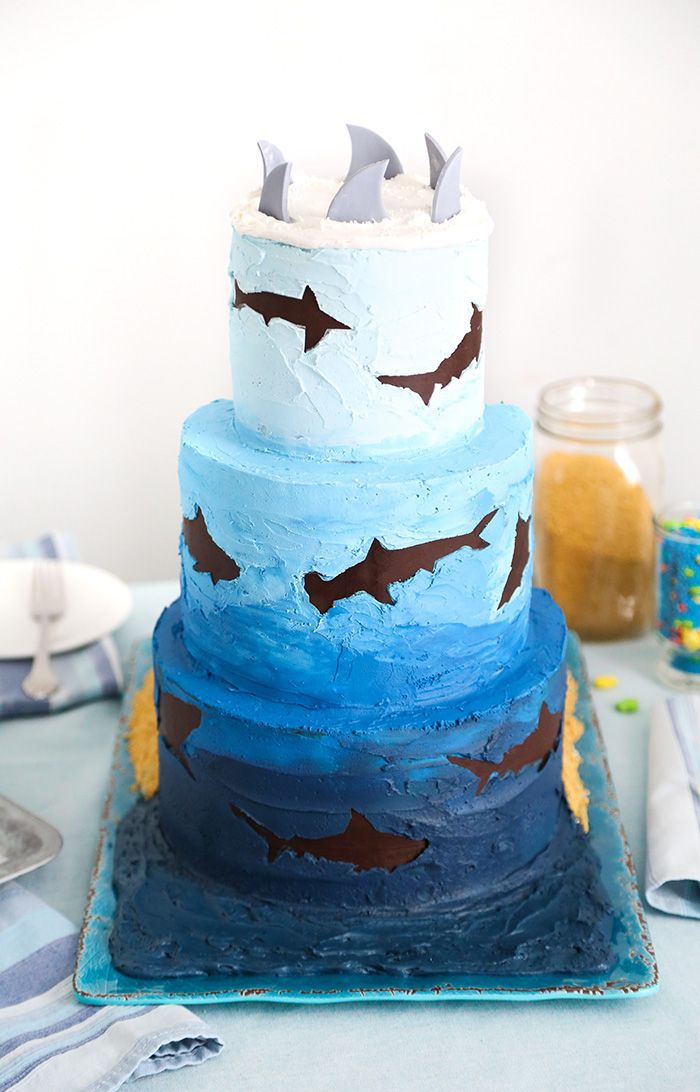 Shark Diorama Cake for Shark Week!