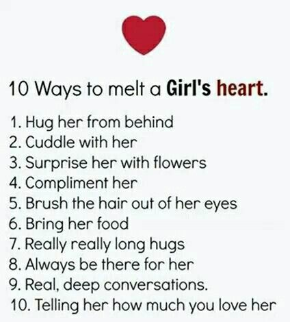 How to tell that a girl loves you