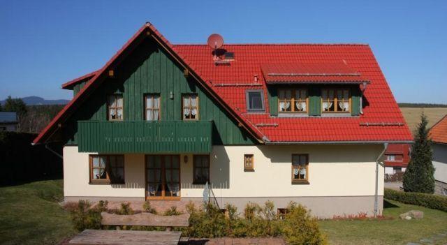 Landhausferienwohnungen Am Brockenblick - 3 Star #Apartments - $67 - #Hotels #Germany #Sorge http://www.justigo.co.uk/hotels/germany/sorge/landhausferienwohnungen_221681.html