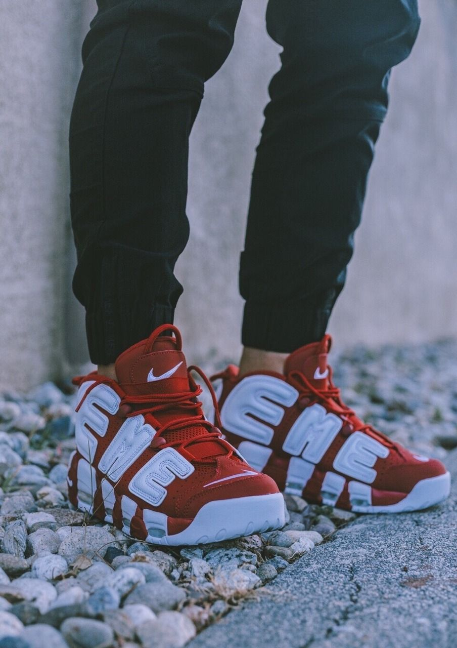 bf9fa91b96a80e Supreme x Nike Air More Uptempo