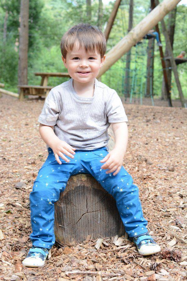 Small Fry Skinny Jeans Sew Along | Freebooks, Jungen und Kinder Hosen