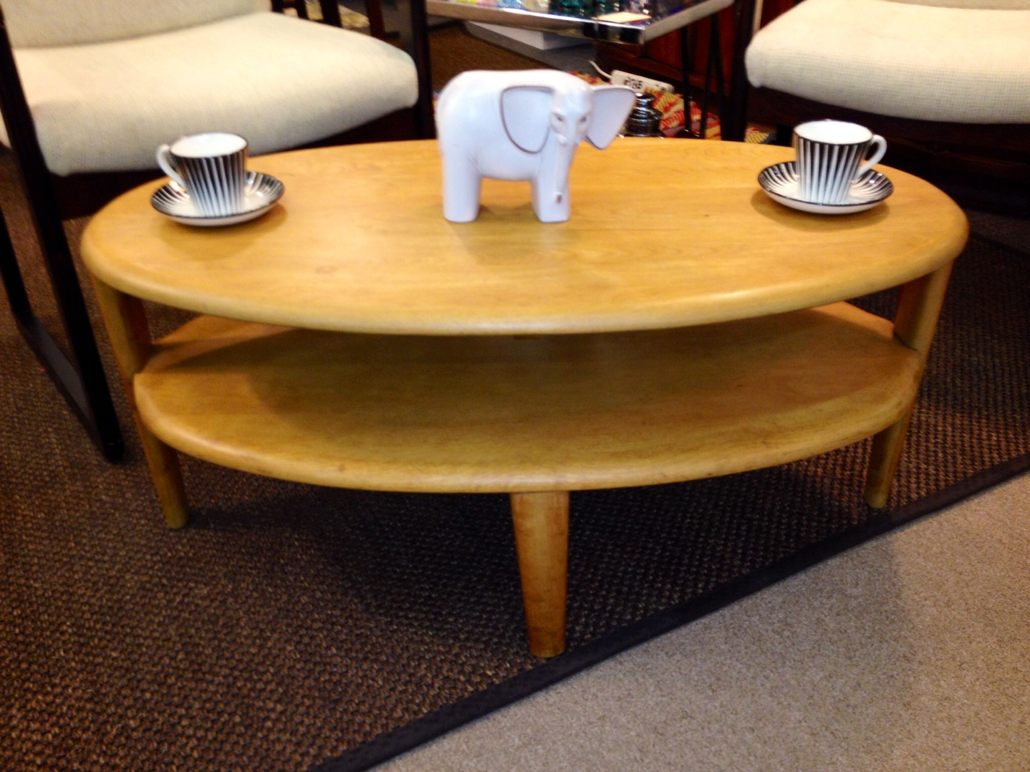 - Heywood Wakefield Oval Cocktail Table (C3547G) From The Crescendo