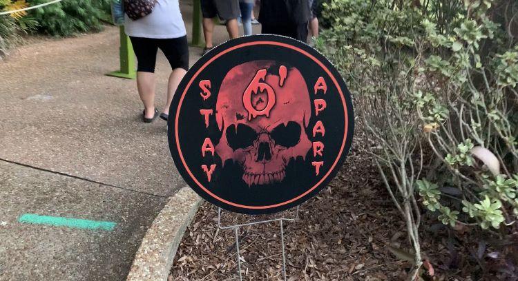4fce462d246936f55ad693a7313d5917 - Busch Gardens Howl O Scream Reviews