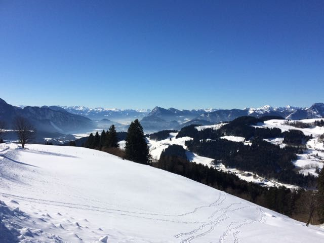 Yippieh... #Wandern und #Coaching auf der Wildbichlalm... Sonne, Schnee, sagenhaft schöne Bergkulisse... da kommen inspirierende Gedanken und tiefgreifende Erkenntnisse wie von selbst... :-) http://www.urlaub-und-coaching.de