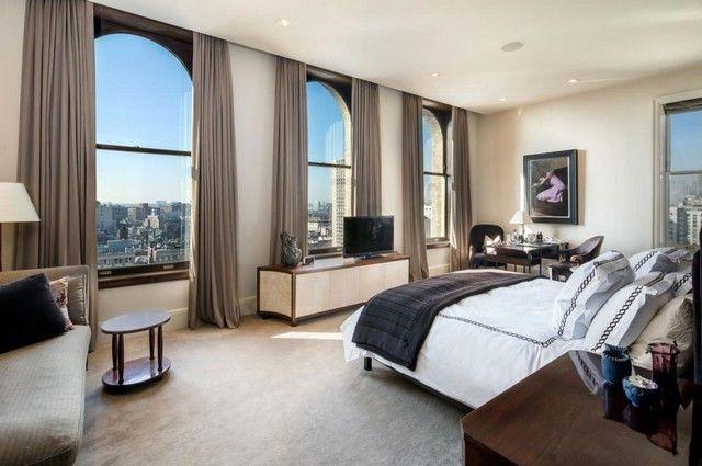 Geräumige Penthouse Wohnung mit Traumblick zu der Stadt ...