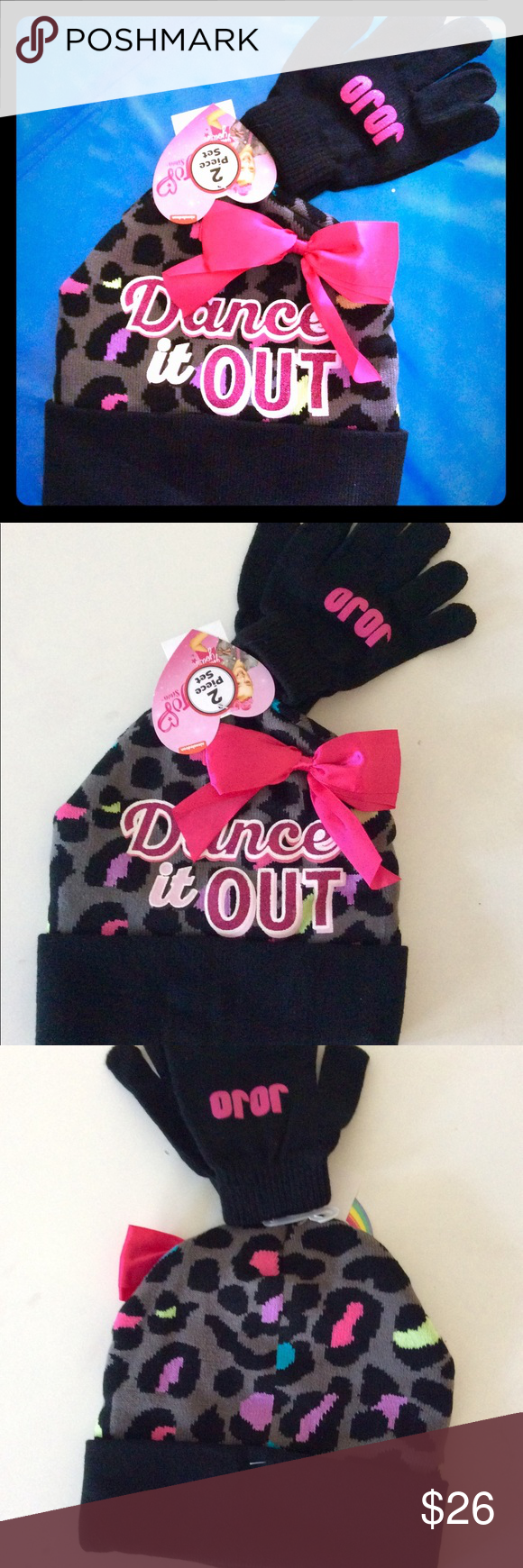 Jojo Siwa winter Gloves and beanie hat gift set New with tags licensed by  Nickelodeon Has an actual Jojo bow on beanie So popular. Only a few left!  Bundle ... 400c24aa0789