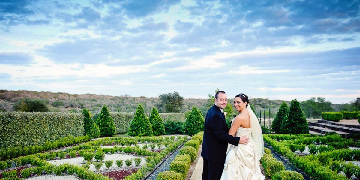 4fd0819f4de941674d0b7fb45814be2a - San Antonio Botanical Gardens Wedding Price